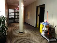 wysprzątane biuro